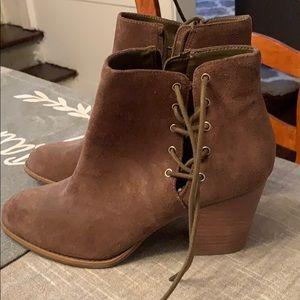 NEW Jessica Simpson suede booties